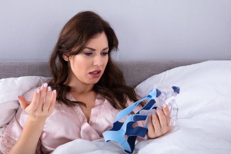 Γιατί νιώθω χειρότερα μετά την έναρξη της θεραπείας με CPAP; Αυτές είναι οι λύσεις για τη σωστή έναρξη της θεραπείας με συσκευή CPAP.